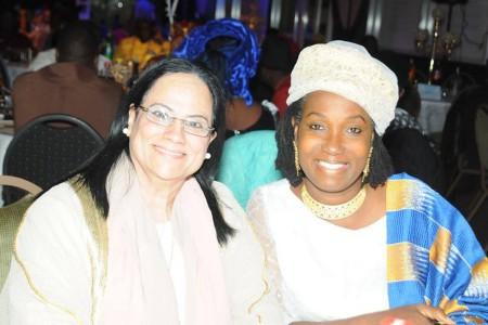 سمو الاميرة اسيا كابوكي اوكانزي أميرة غانا في الهيئة العليا للحكماء والسفيرة الدكتورة (مهيبة خليل شوقي ابراهيم) رئيس هيئة الشؤون الانسانية في المجلس